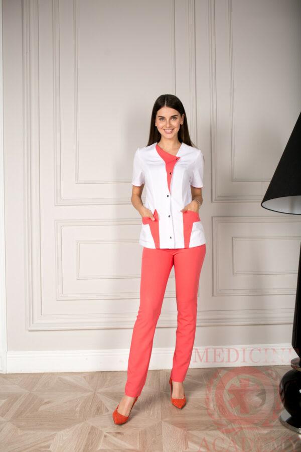 Блуза с красными деталями 77ma.ru