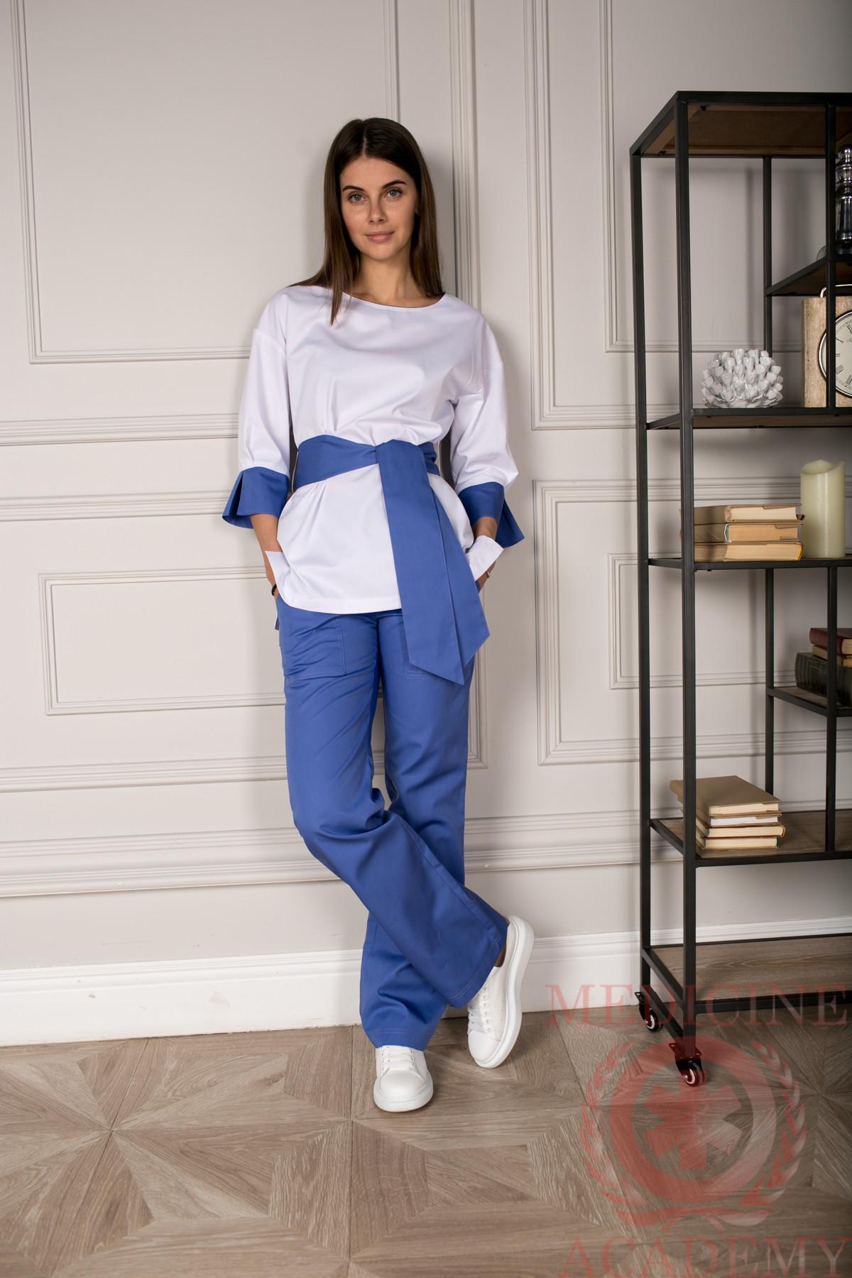 Блуза с широкими манжетами с фиолетовой отделкой пф029бф