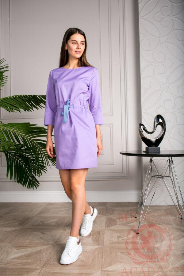 Медицинское платье сиреневое