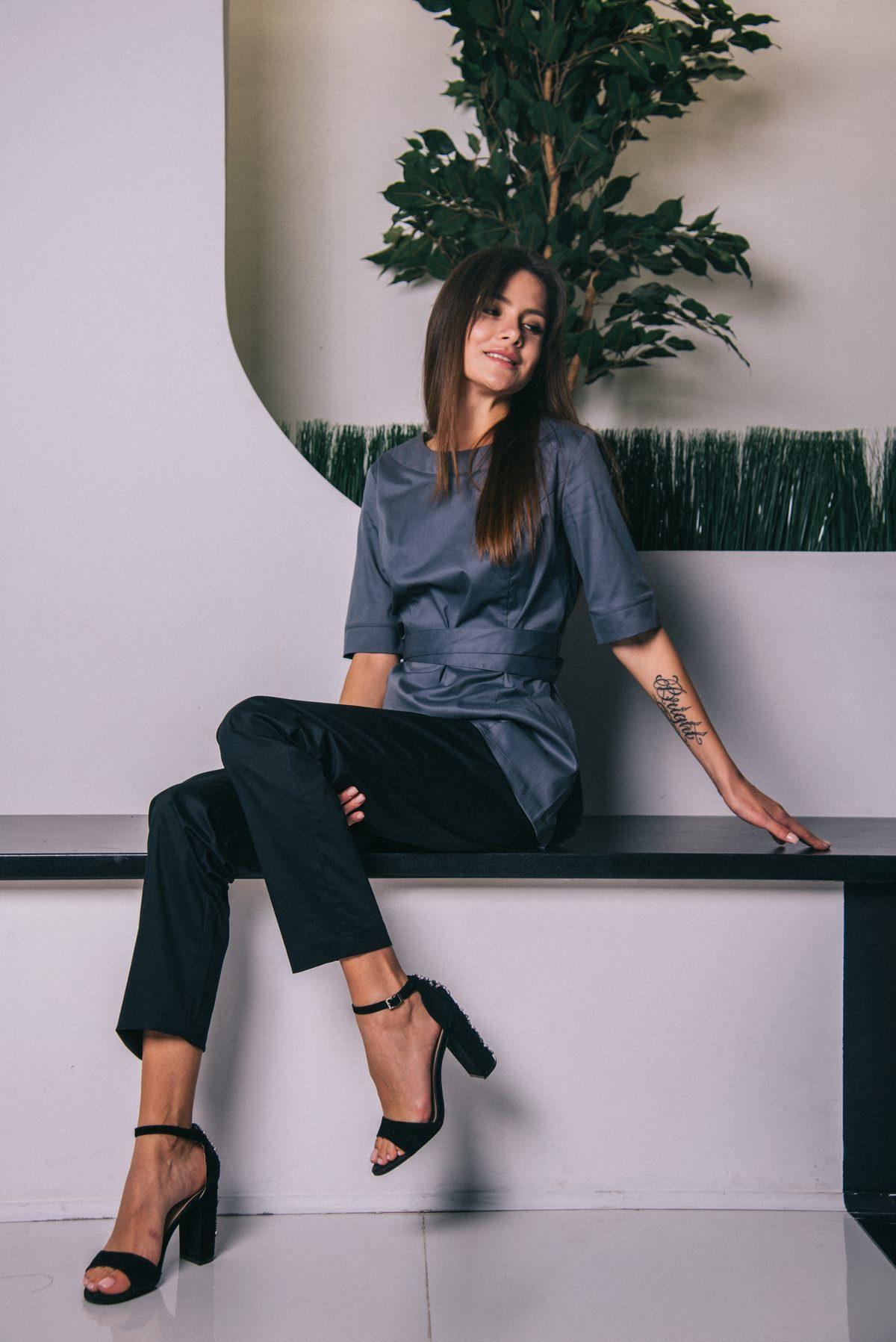 Блуза темно-серая с запахом сзади пф021тс 77ma.ru