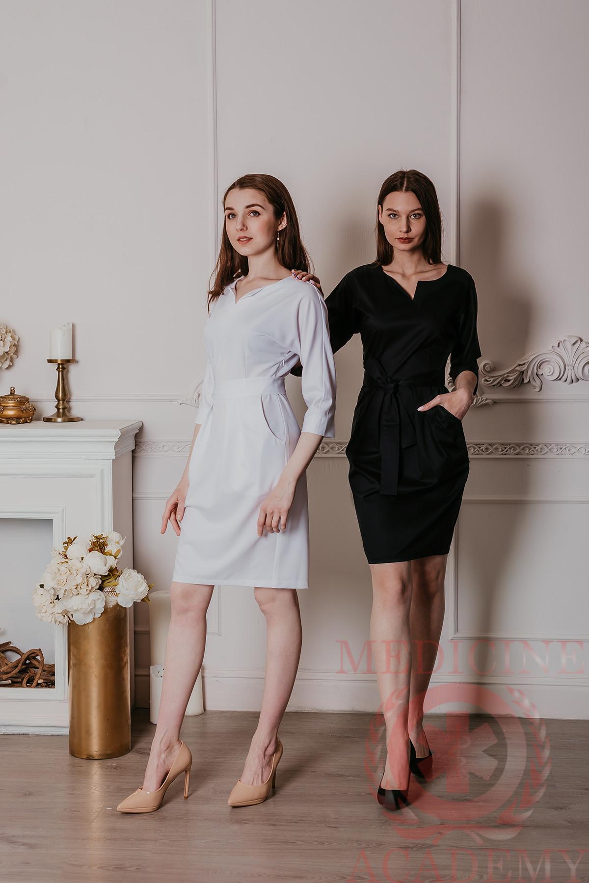 Платье с цельнокроенным рукавом черное