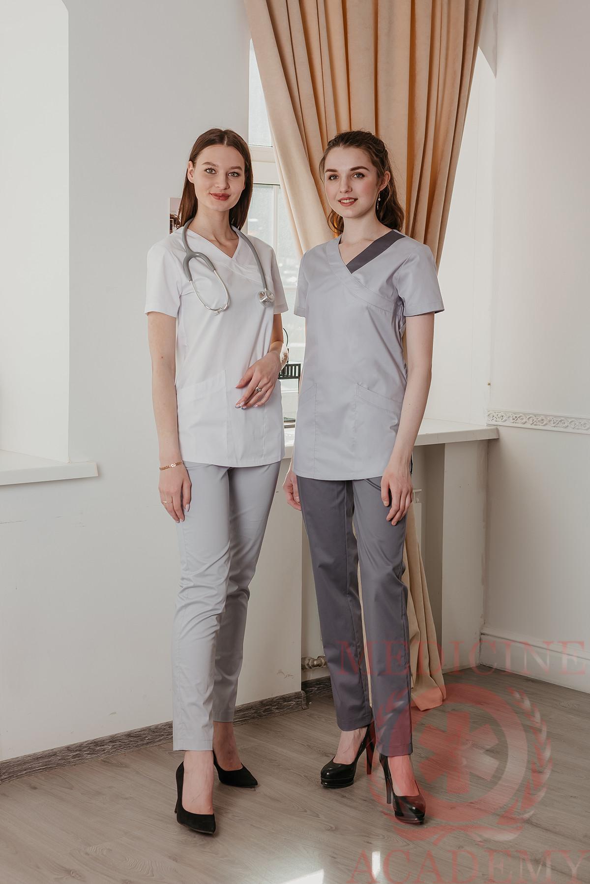 Хирургичка с фигурными карманами белая