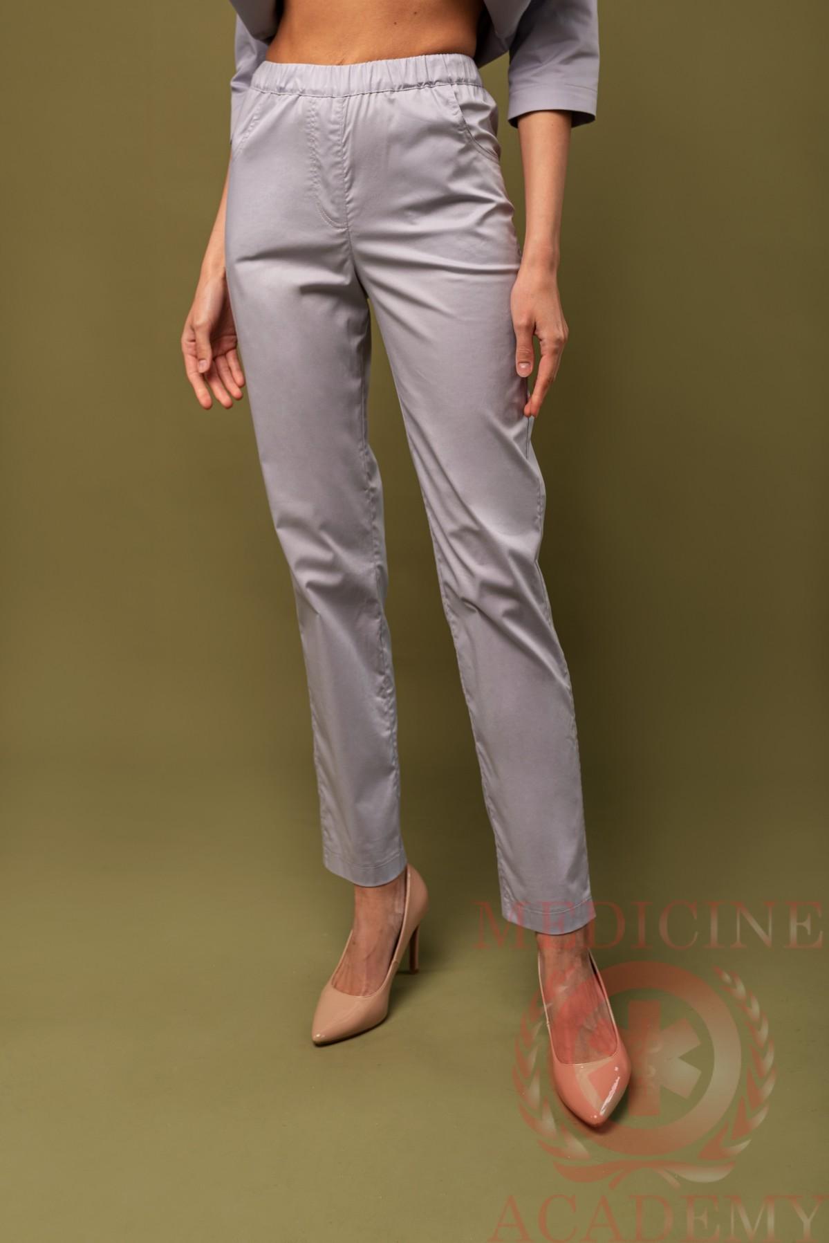 Медицинские брюки зауженные жемчужно-серые