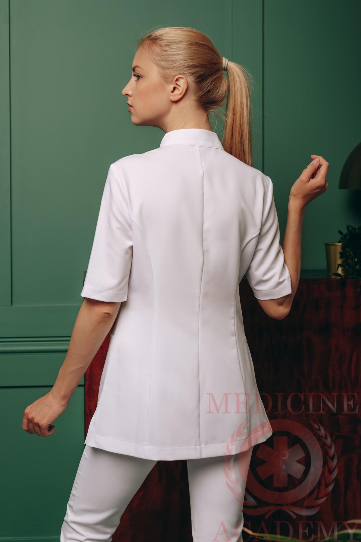 Блуза с асимметричной застежкой белая 77ma.ru