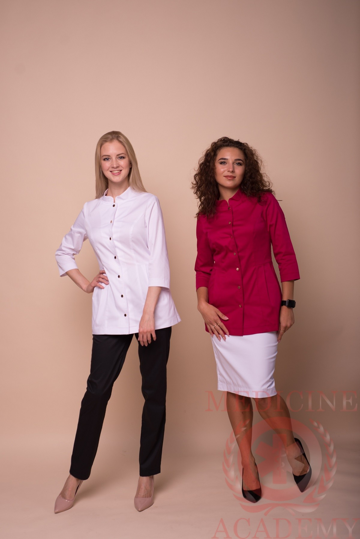 Жакет со складками и воротником-стойкой белый и маджента