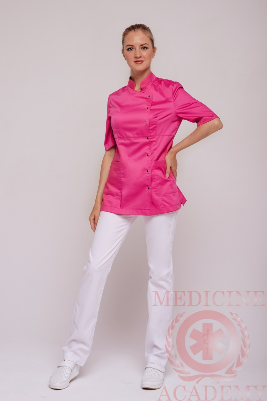 Блуза бледно-розовая