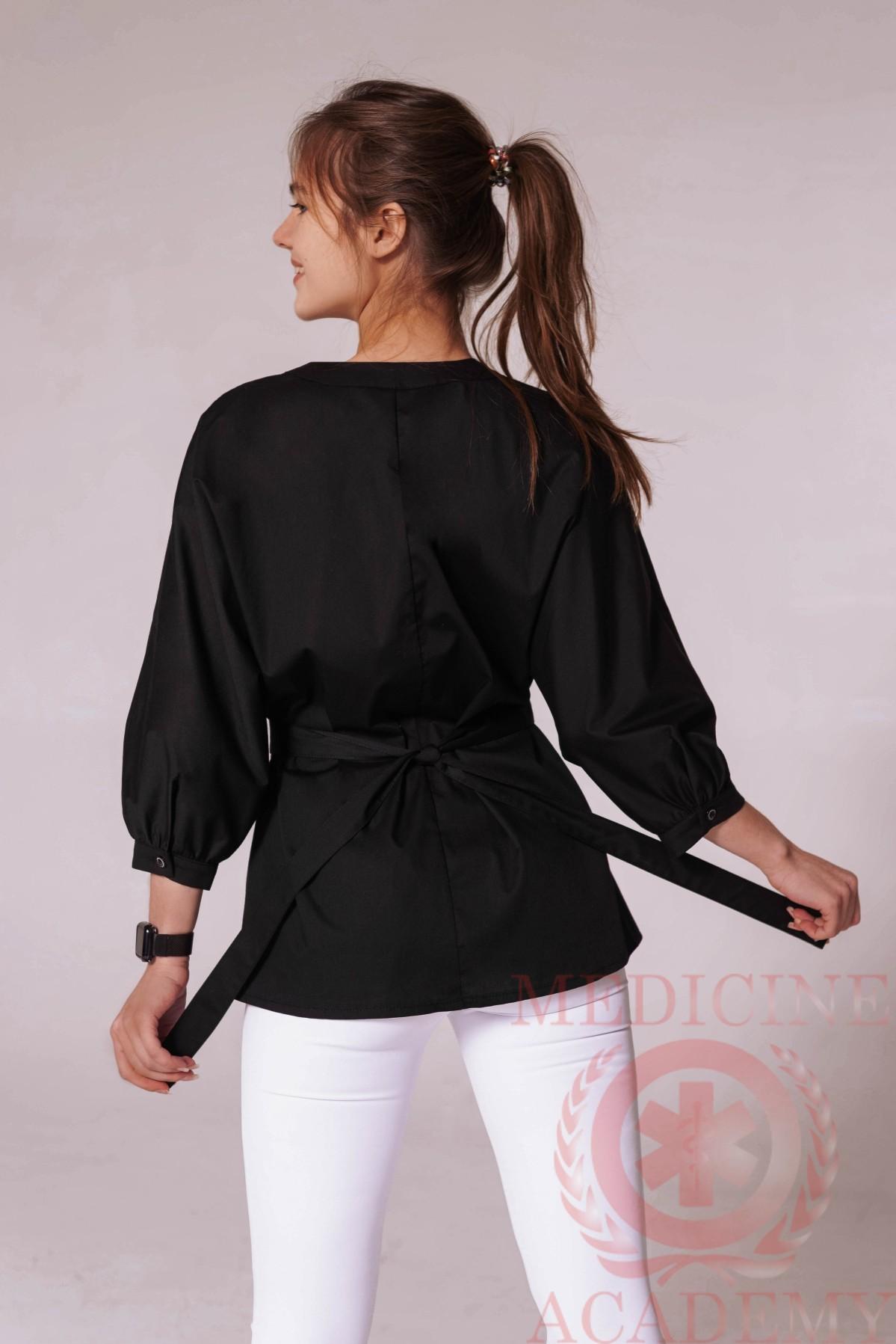 Блуза со сборками на талии черная