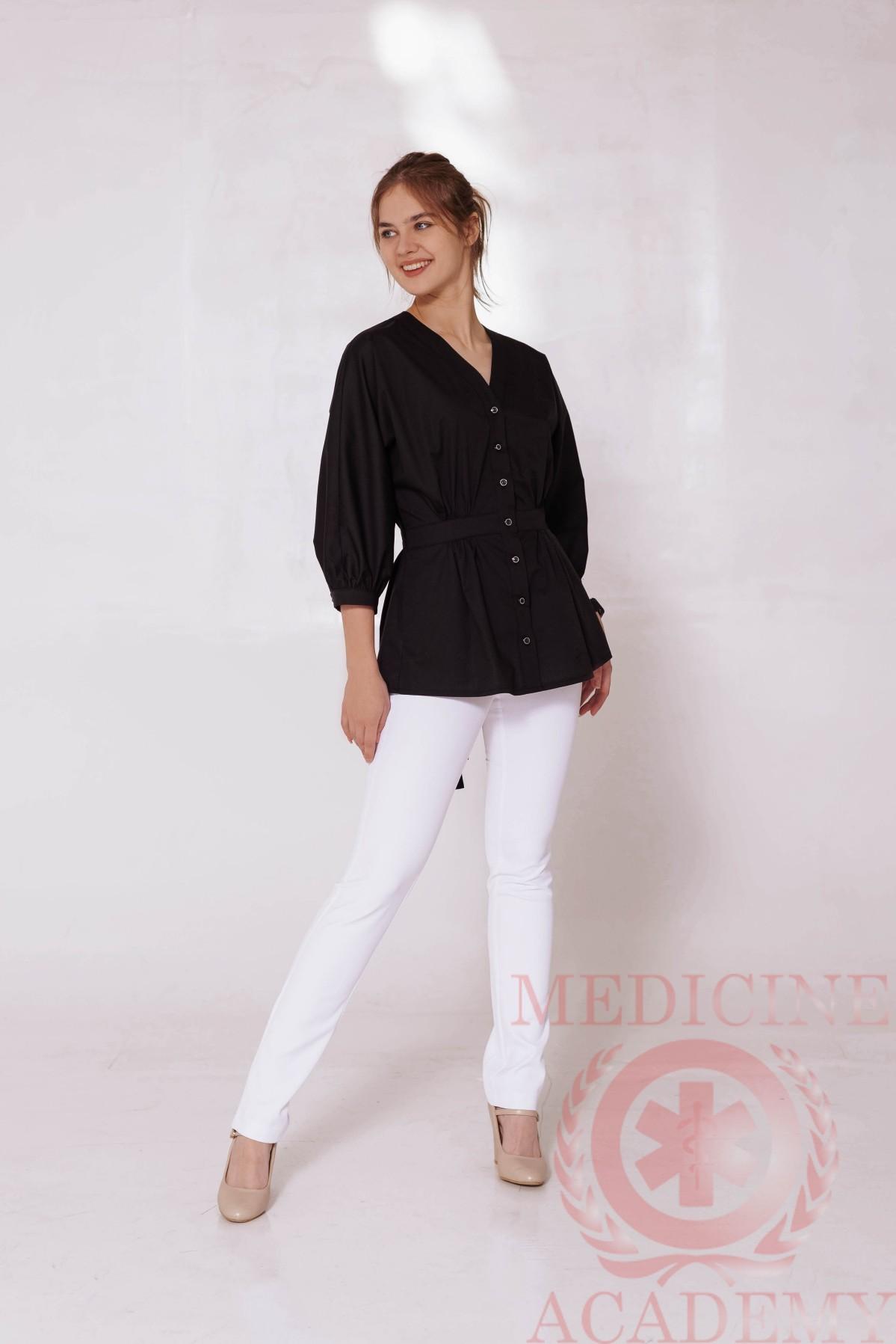 Медицинская блуза со сборками на талии черная