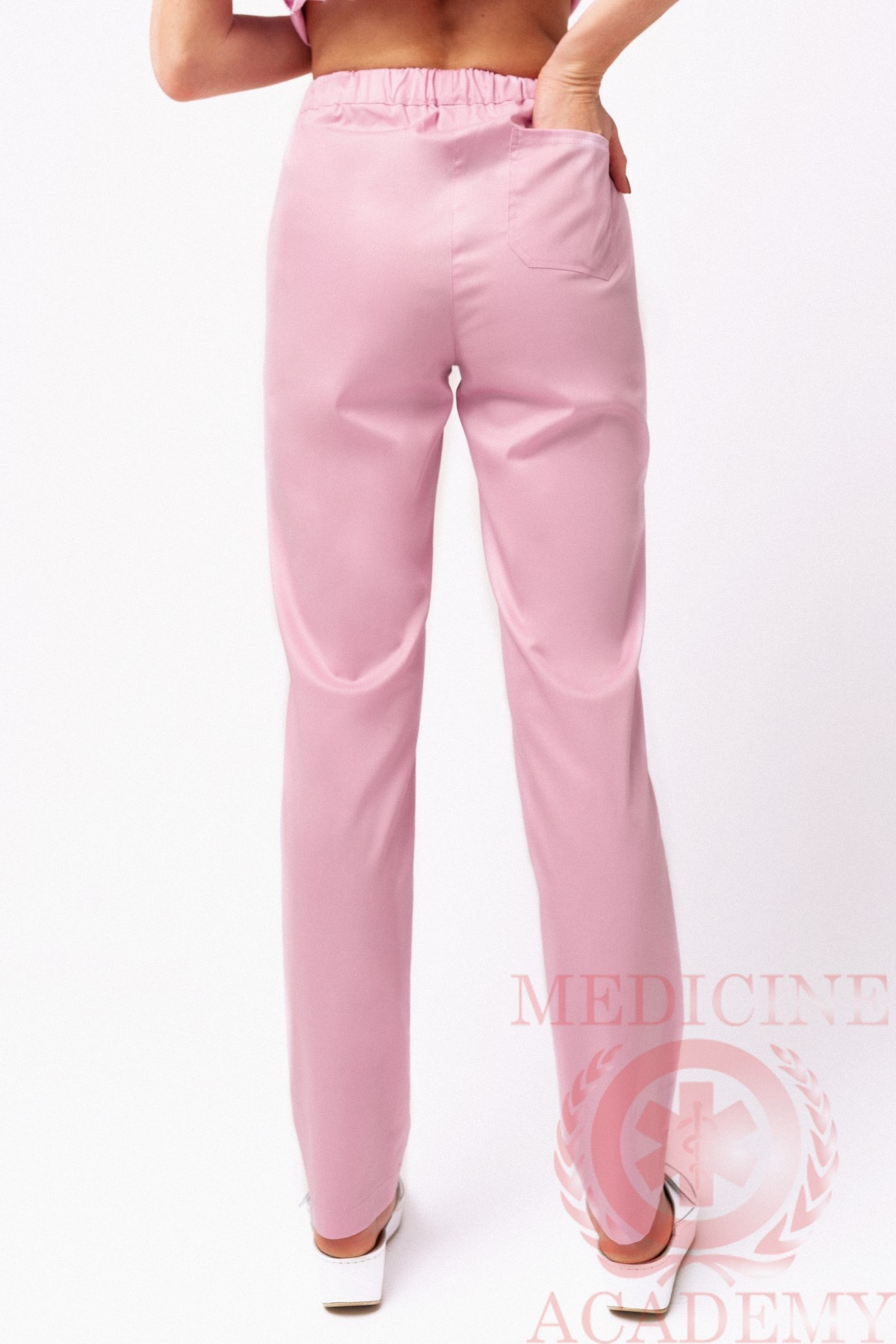 Медицинские брюки зауженные пудровые