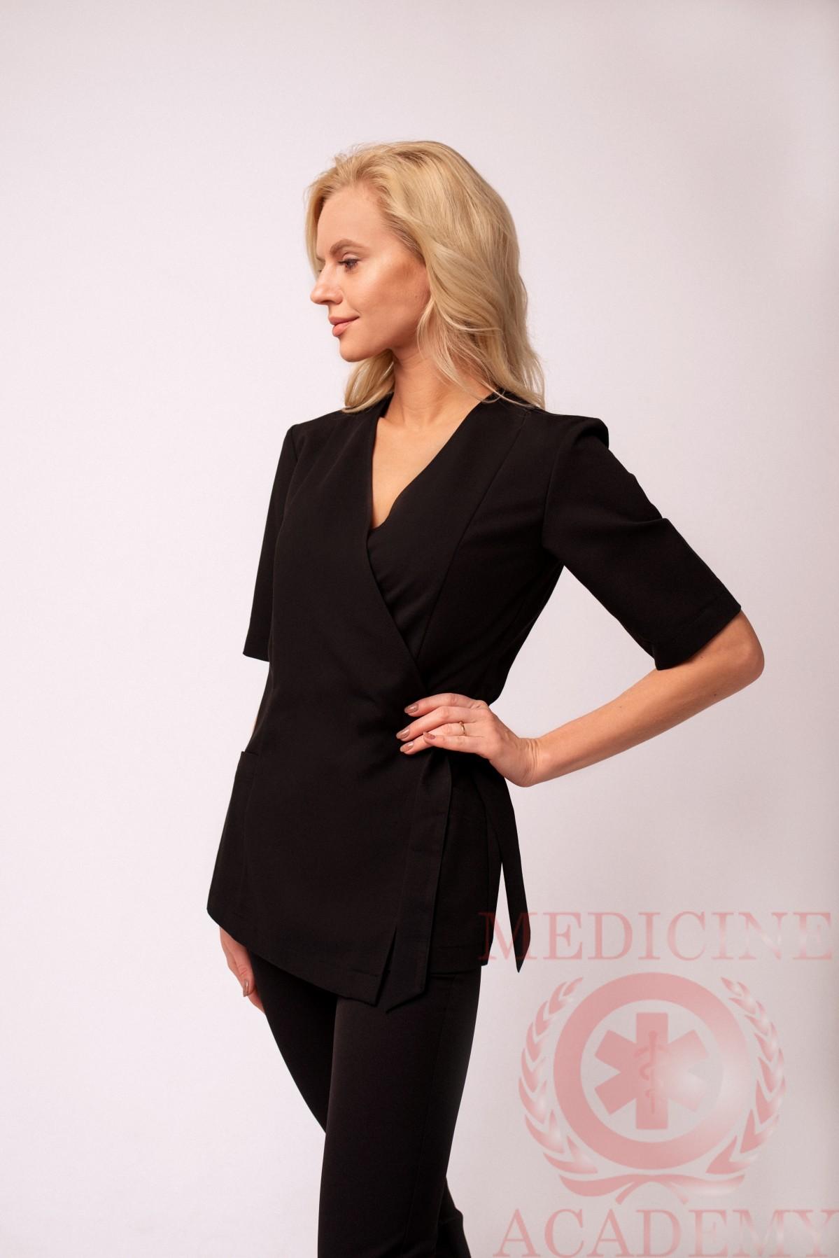 Блуза с запАхом черная