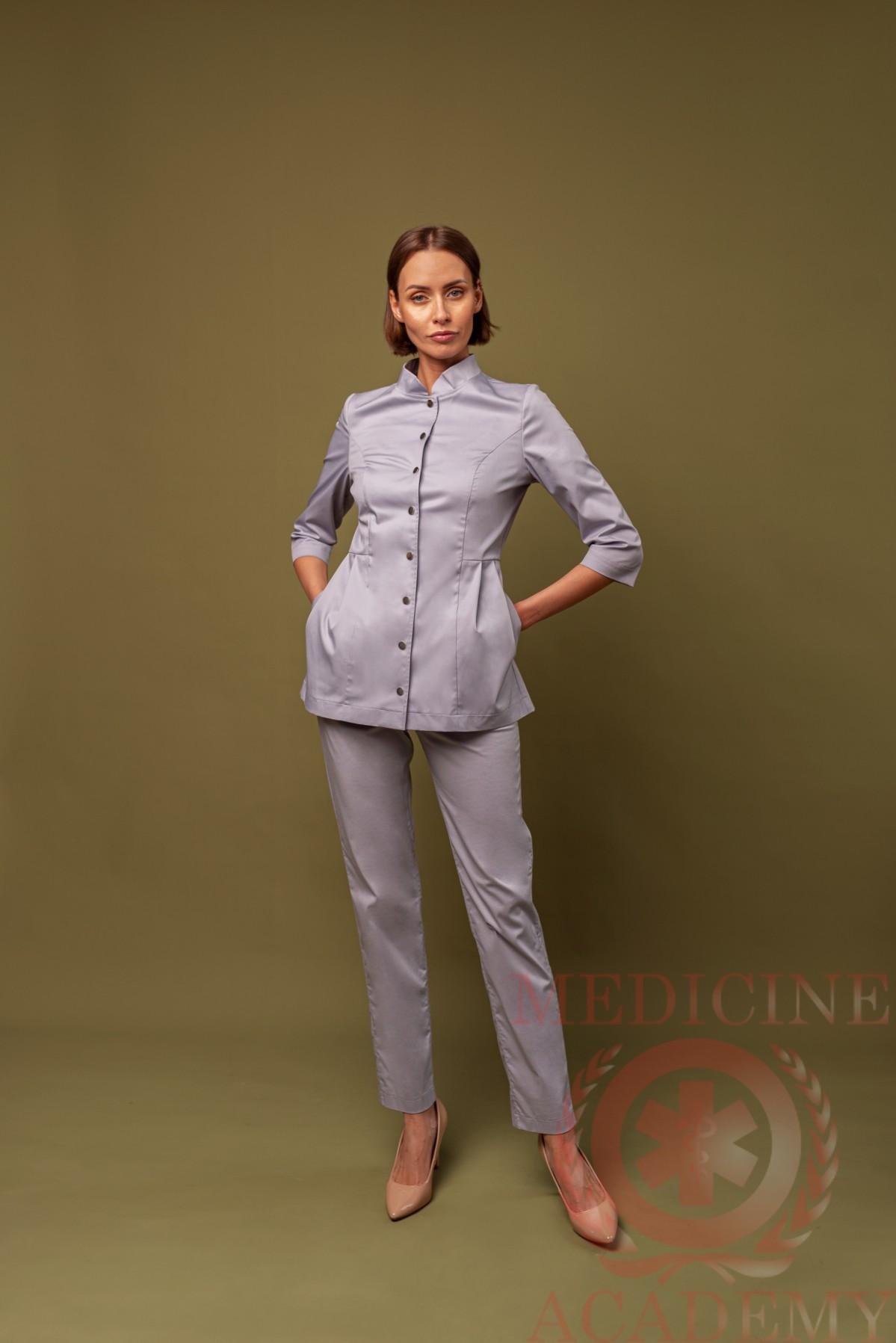 Жакет со складками и воротником-стойкой жемчужно-серый